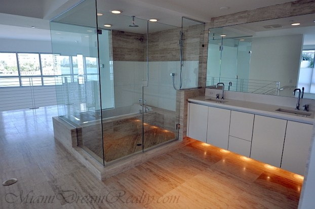 Capri South Beach Master Bathroom