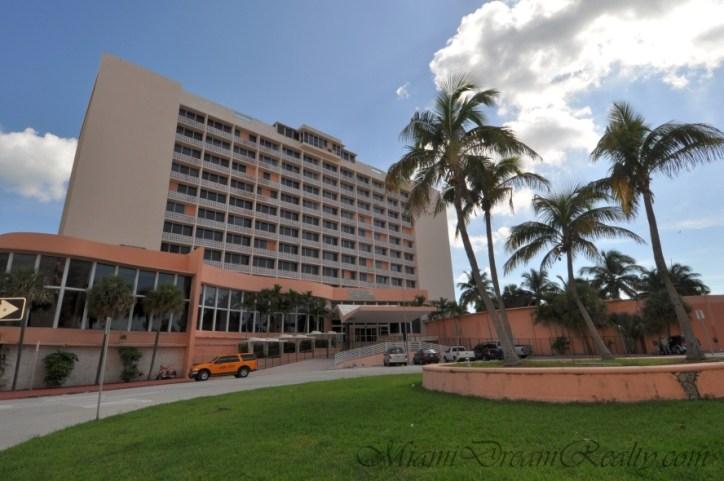 Miami Beach Seville Hotel