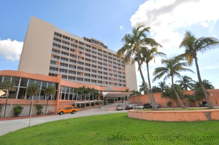 Historic Seville Hotel Miami Beach