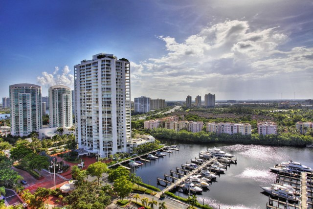 Turnberry Isle South 19D Views