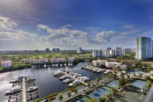 Turnberry Isles 19D Views