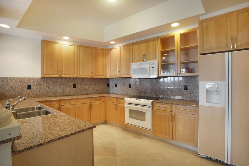 Quayside Townhome 5006-Kitchen