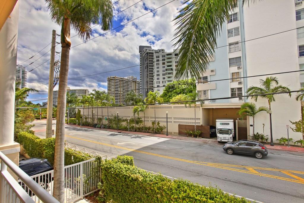 The Vistas 202 Miami Beach