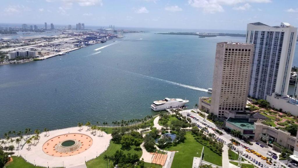 50 Biscayne Skyline Views