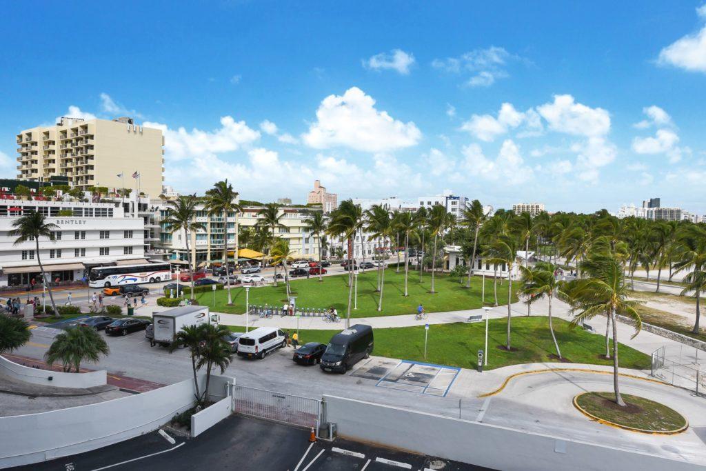 Royal Atlantic 519 Miami Beach Condo