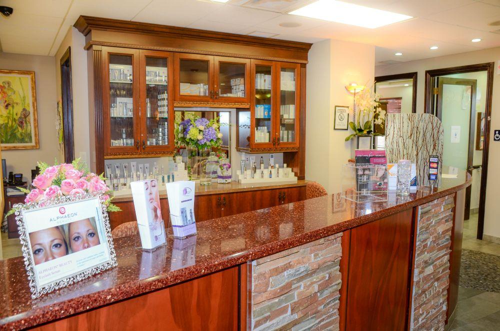 Dermatologist office in Pinecrest