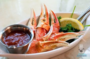 Mignonette Uptown - Snow Crab Claws
