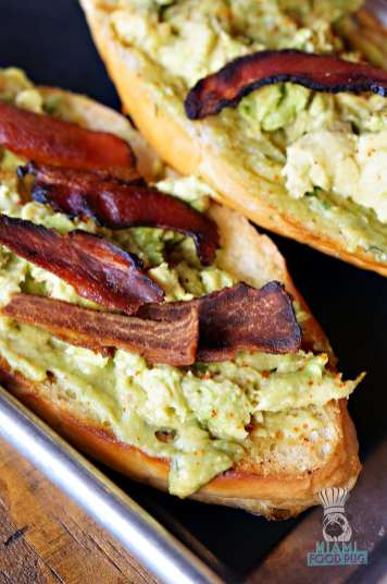 222 Taco - Brunch - Bacon Aguacate Toast