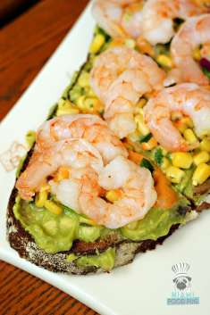 Le Pain Quotidien - Spicy Shrimp and Avocado Toast