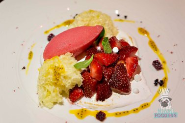 AD LIB - Strawberry Pavlova