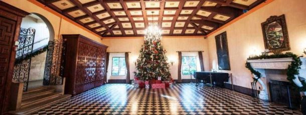 holiday-season-deering-estate