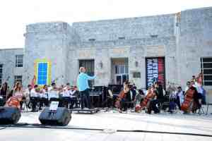 Free concert at the Bass Museum of Art