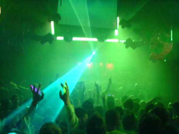green-smoke-nightclub