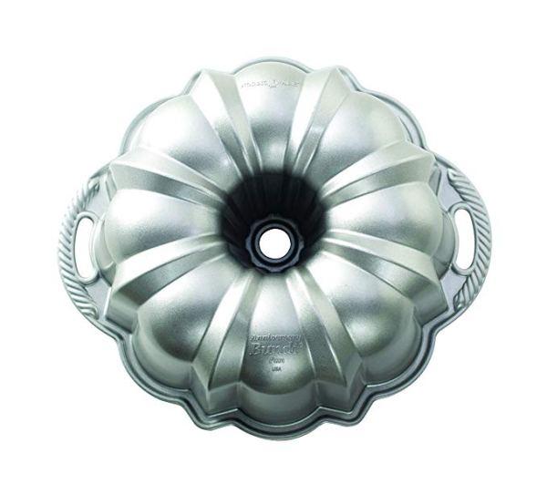 Forma Para Bolos Nordic Ware Anniversary Bundt® Pan 50037