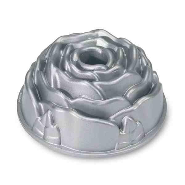 Forma Para Bolo Rosa Nordic Ware Platinum Rose