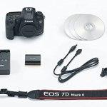 Canon EOS 6D Mark II DSLR cor preto.