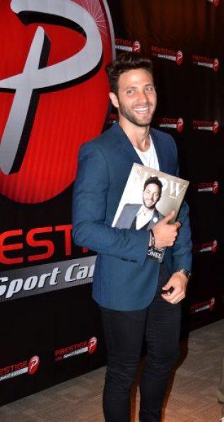 Actor Gabriel Coronel es la Primera Portada Masculina de la Revista Latino Show Magazine