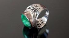 How Men Can Make A Fashion-Statement With Emerald Stone Rings