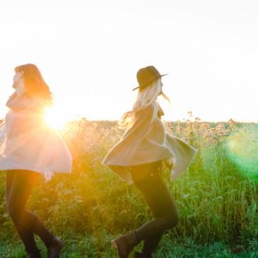 Schwestern || Ramona & Larissa || Family