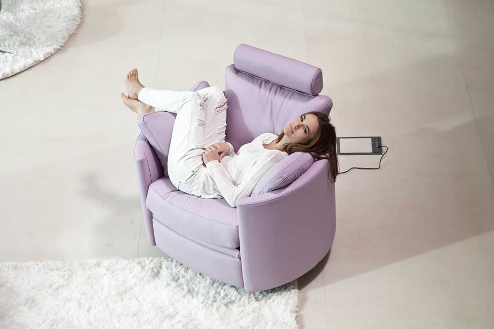 Fama Moon Chair electric  miastanzacouk