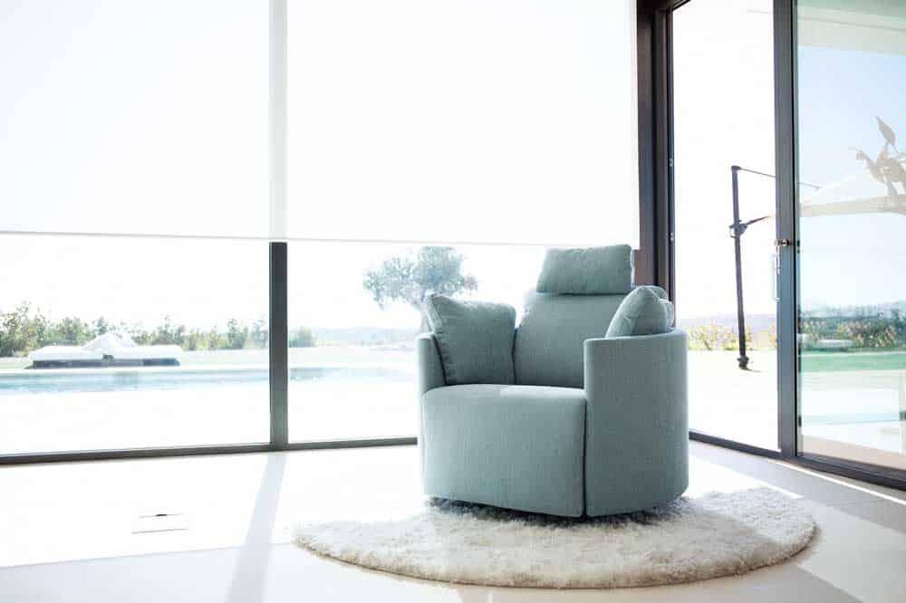 Fama Moonrise Chair  miastanzacouk