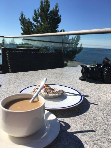 Kahvi ja leivos
