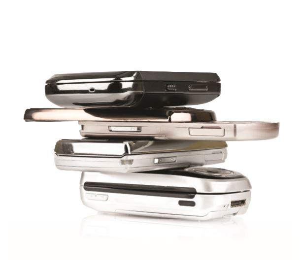 Como parte del Programa de Reciclaje de Celulares, que se lanzó como piloto en 23 sucursales de FirstBank en el 2014, se han entregado a E-Cycling para su reciclaje un total de 2,993 celulares, 365 libras de plomo de las baterías, 340 libras de cables y 20 libras de cargadores.