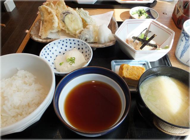 魚忠ランチ、メイン鱚天ぷら