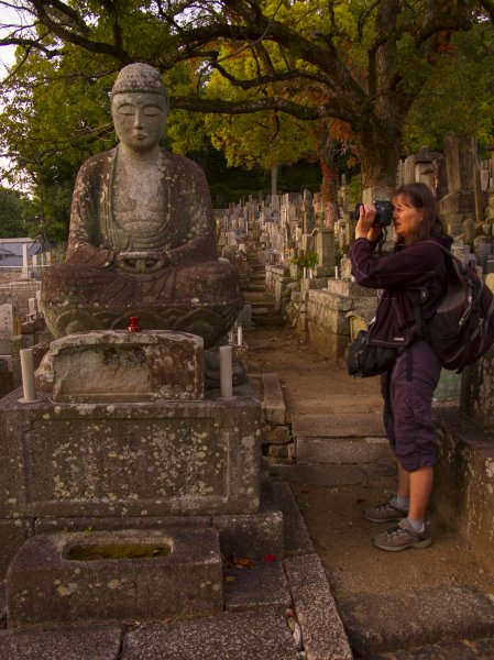 julie-kremen-kurodani-temple-kyoto-saturday-october-25-2014-micah-gampel_8299