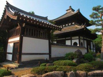 tofukuji-temple-building-kyoto-micah-gampel-2010