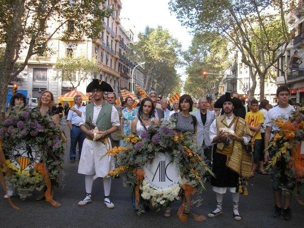 Ofrena floral al monument de Rafael Casanova