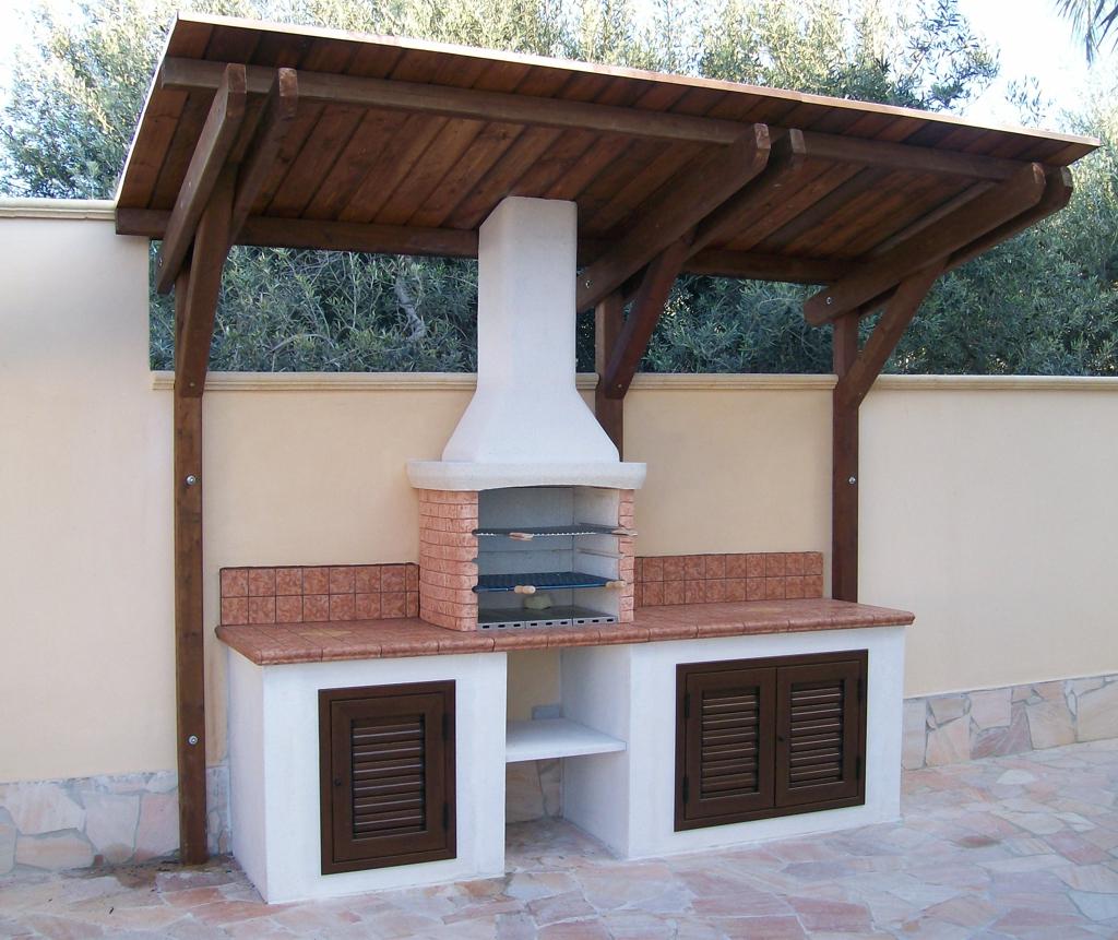 Cucina Esterna In Muratura Con Barbecue  DECORAZIONI PER