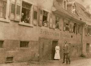 """Postkarte der Gaststätte """"Brüderlin"""" von 1924"""