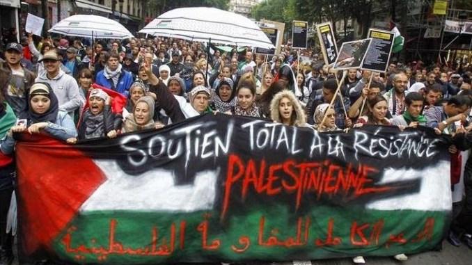 Paris_Protest_3.jpg