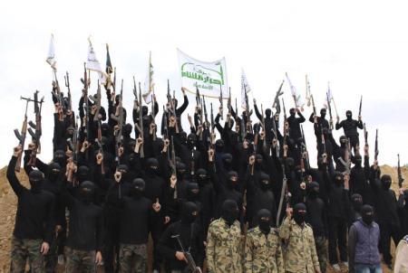 Ahrar al-Sham trainees near Damascus