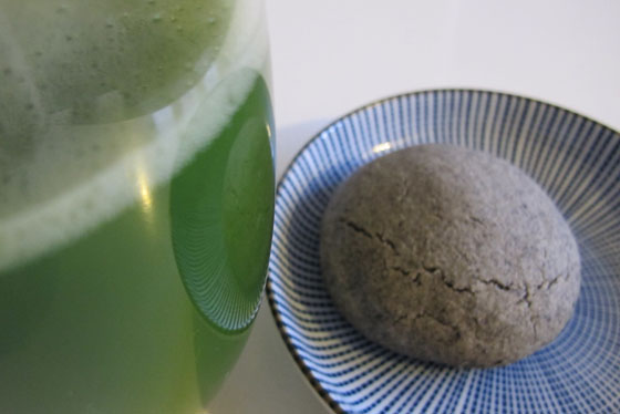 Black Sesame Shortbread and Matcha Green Tea
