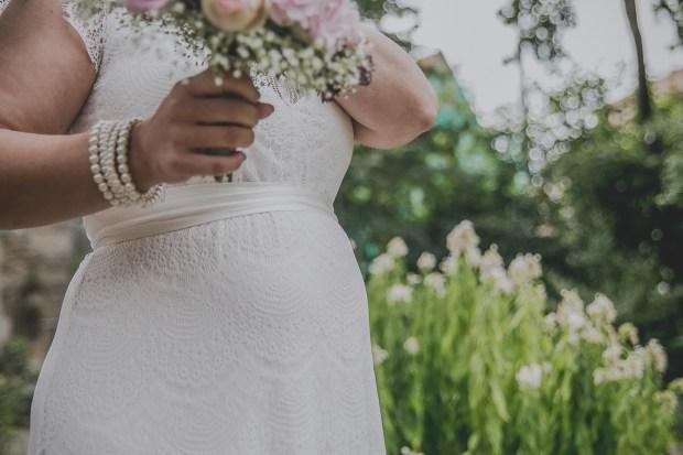 Babybauch Hochzeitskleid Reultingen