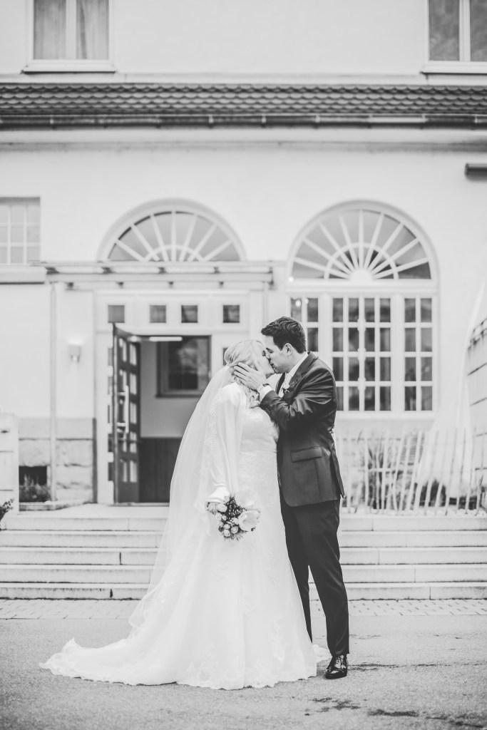 Brautpaar Tübingen glückliche Braut