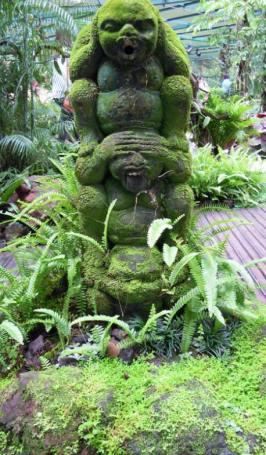 Interesting decoration in Botanical Gardens