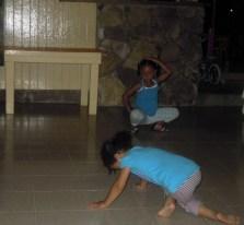 05 little girls dancing