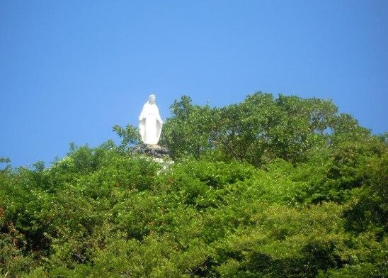 11 statue Santa Catalina