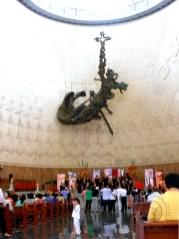 "16 ton sculpture ""Cristo Liberador Latinoamericano"" by Rodrigo Arenas Betancourt"