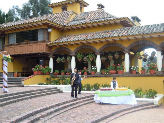 Weddings Bogotá Style