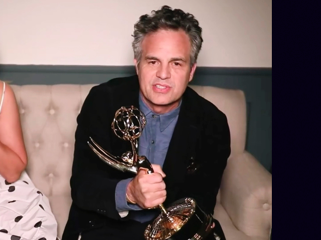 Mark Ruffalo at Golden Globes: We Must Honor Dying Mother Earth and 'Turn the Page on the Cruel Past of This Nation'