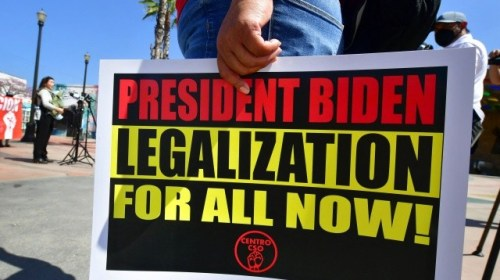 Democrats: Illegal Aliens Are 'American Heroes' Who Deserve Amnesty from Joe Biden