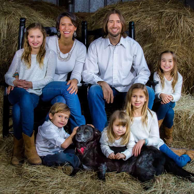 Senior Portrait & Wedding Photographer