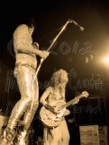 Lux Interior plays mic stand & Poison Ivy plays [The Cramps - I Beam, SF July, 1986]