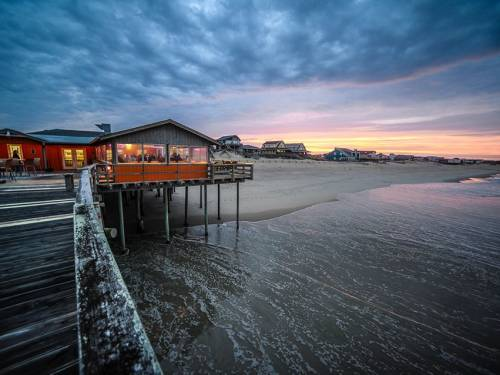 Fishhead's Restaurant, Outer Banks Pier