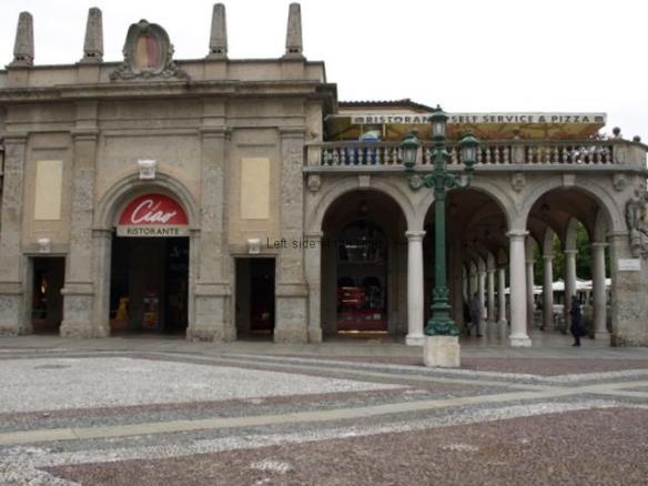 Autogrill - Piazza Vittorio Veneto