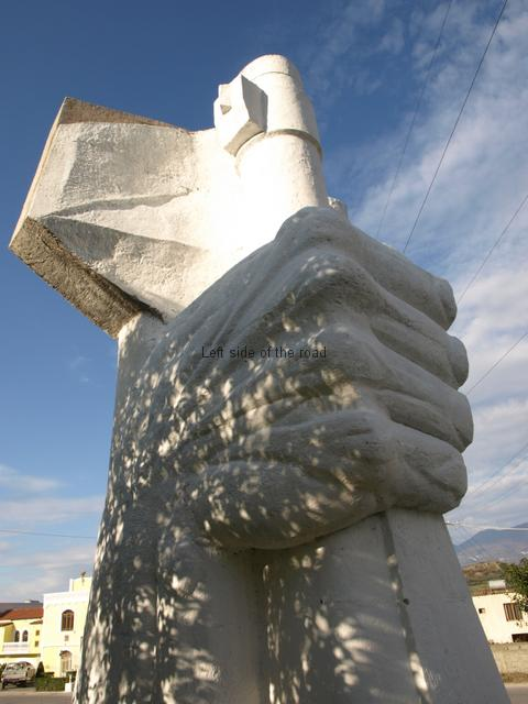Mushqete Monument - Hand on rifle